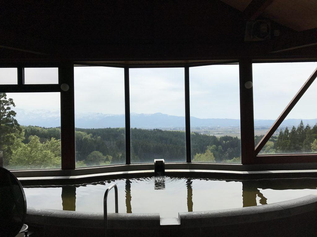 上越市にあるホテル米本陣で天空風呂に入ってきた