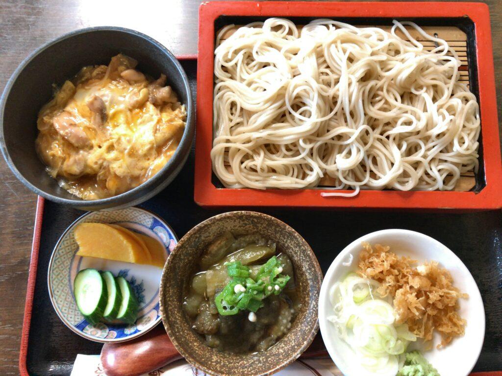 【閉店】新潟駅前の小千谷そばの店旬彩庵でカレー丼