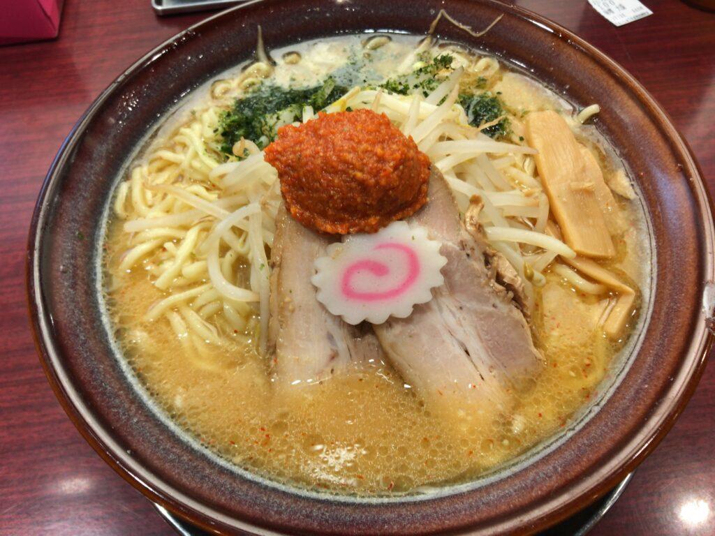 ちゃーしゅうや武蔵 長岡駅店でからし味噌らーめん食べた